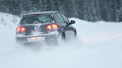 Route enneigée : 5 conseils pour prendre la route en toute sécurité