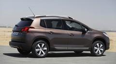 Le Peugeot 2008 étrenne les moteurs e-VTI et e-THP