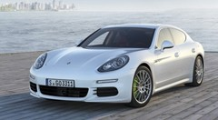 Porsche Panamera : Après l'hybride, Porsche propose sa Panamera en mode rechargeable
