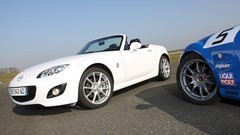 Essai Mazda MX-5 2-0 MZR 160 Performance vs MX-5 Open Race : Le mythe aux deux visages