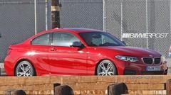 BMW Série 2 : le petit coupé à l'hélice sans camouflage