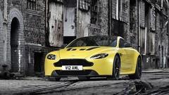 La nouvelle Aston Martin V12 Vantage S développe 573 chevaux !