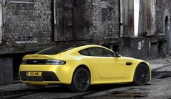 Aston Martin V12 Vantage S : Le brontosaure a de beaux restes !