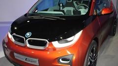BMW i: 100 000 demandes d'essai pour l'i3