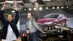 Tesla, 90 secondes chrono pour faire le plein électrique !
