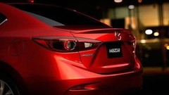 Mazda 3 : un premier cliché de la version sedan ?