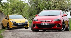 Essai  Opel Astra OPC vs Renault Mégane RS : Sport au quotidien