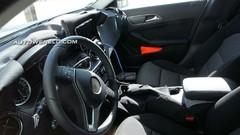 La Mercedes GLA montre son intérieur