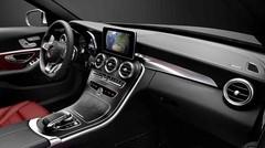 La future Mercedes Classe C dévoile sa planche de bord