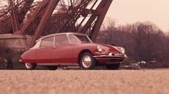Citroën DS et Renault Twingo : meilleures voitures de leur décennie