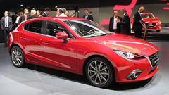 Mazda3 : une version hybride en novembre