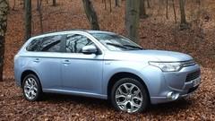 Le Mitsubishi Outlander PHEV devient (un peu) plus abordable