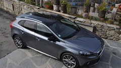 Essai Volvo V40 Cross Country D4 190 ch Geartronic 8 : puissance 4 !