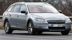 Skoda Superb Combi 2016 : Les choses en grand