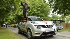 Record du monde sur 2 roues en Nissan Juke Nismo