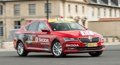 Vidéo au volant de la Skoda Superb du directeur du Tour de France 2015