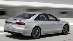 Audi S8 Plus 2016 : 605 ch et 305 km/h la grande berline allemande en fait encore plus