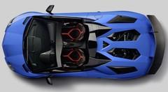 Lamborghini Aventador Super Veloce Roadster: Taureau élevé en plein air
