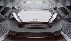 Aston Martin DB9 Bond Edition : « My name is 9… DB9 »