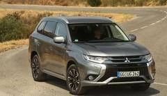 Essai Mitsubishi Outlander (2015) : le test de l'hybride rechargeable