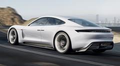 Porsche Mission E Concept 2015 : Electrique rechargeable