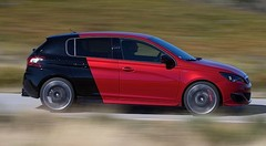 Essai Peugeot 308 GTi 270 : Light is right !