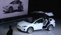 Tesla Model X : révélation en grande pompe du SUV électrique 7 places