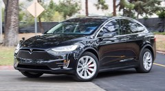 Tesla Model X : déjà plus de 20 000 pré-réservations