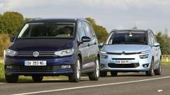 Essai comparatif : le VW Touran 2015 défie le Citroën Grand C4 Picasso