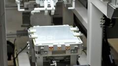 Nissan investit dans son usine de batteries