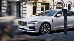 Volvo s'engage pour la normalisation des bornes de recharge