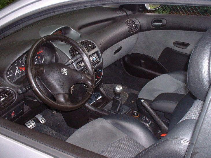 Essai de la 206 rc par rapport ma rs auto titre for Interieur 206 rc