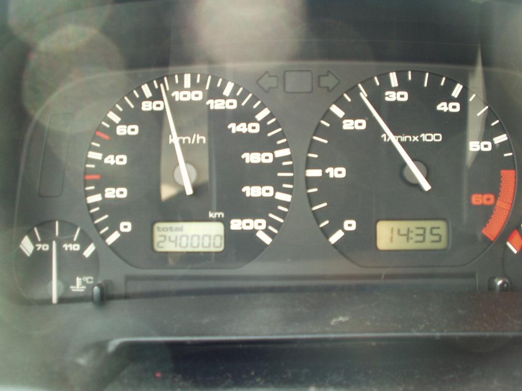 Record kilometrage voiture essence