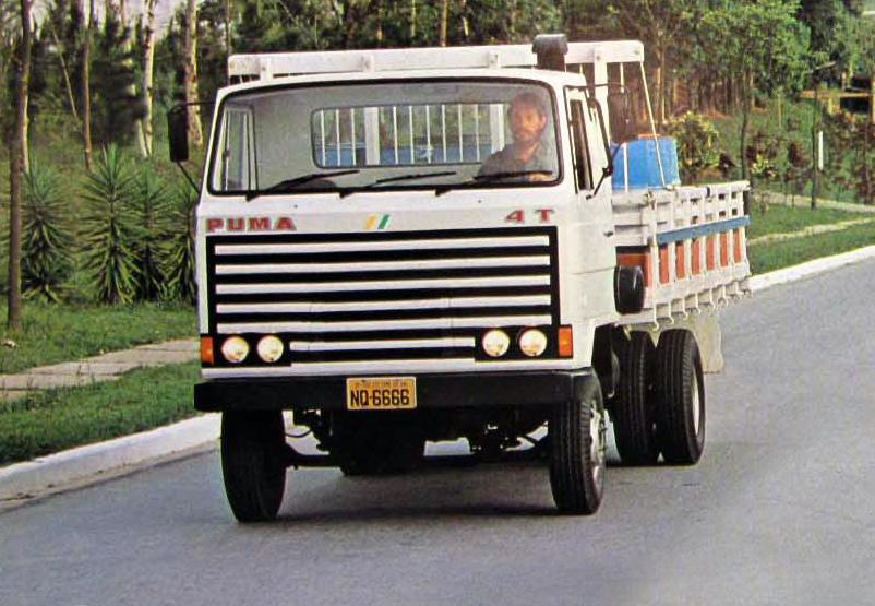 fourgon et camion ancien page 8 auto titre. Black Bedroom Furniture Sets. Home Design Ideas