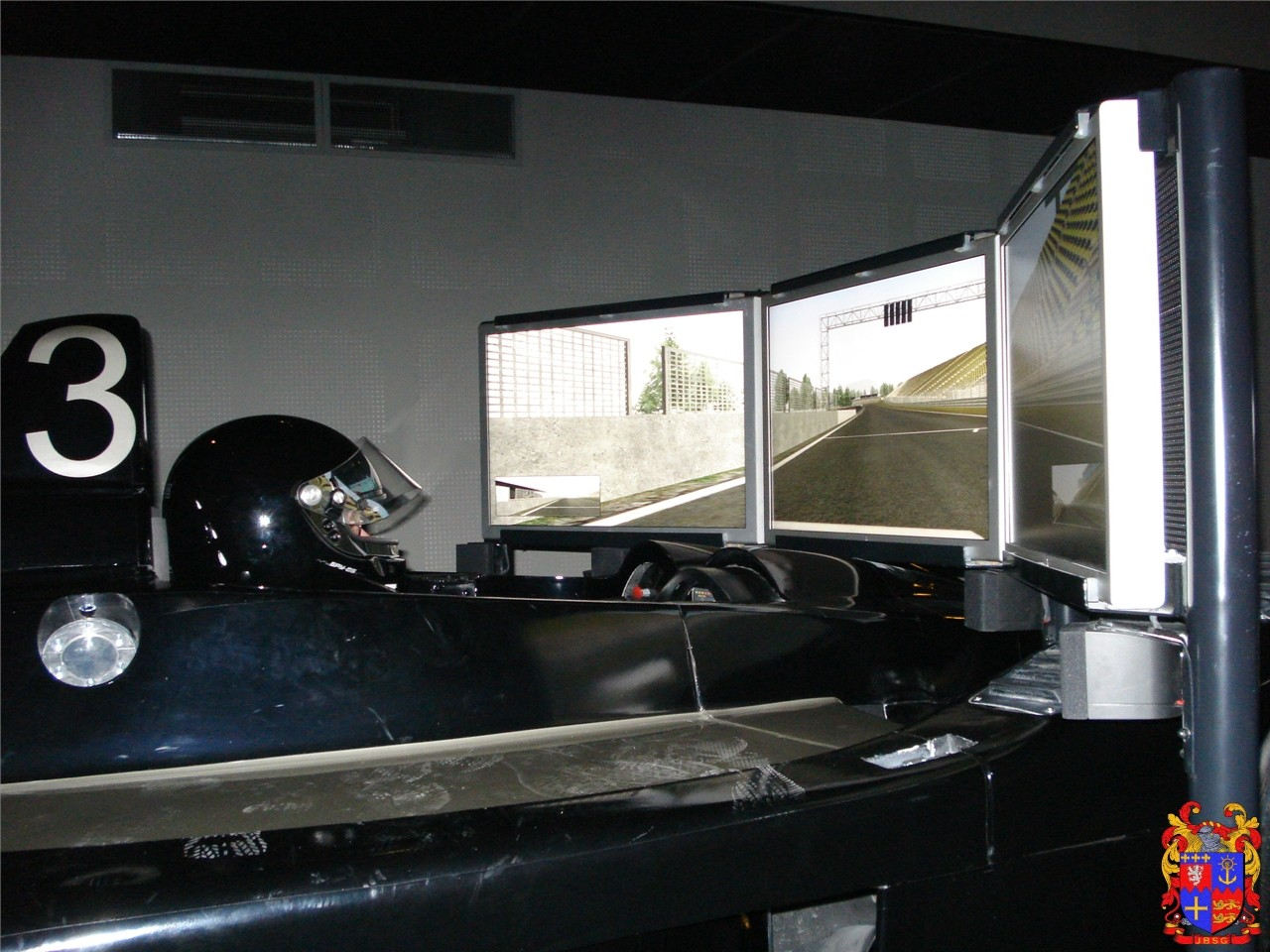 i way lyon simulateur de f1 endurance rallye auto titre. Black Bedroom Furniture Sets. Home Design Ideas