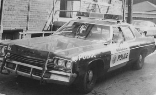 photos de voitures de police page 670 auto titre. Black Bedroom Furniture Sets. Home Design Ideas