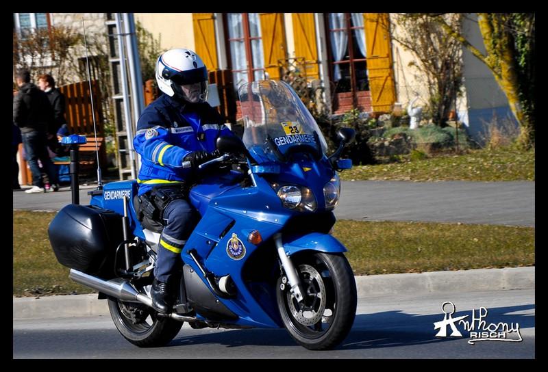 Photos de voitures de police page 2026 auto titre - Gendarmerie port la nouvelle ...