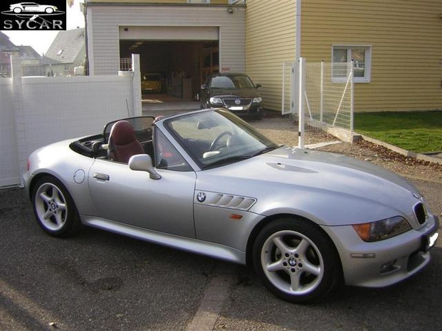 bmw z3 roadster vs mazda mx5 2003 auto titre. Black Bedroom Furniture Sets. Home Design Ideas