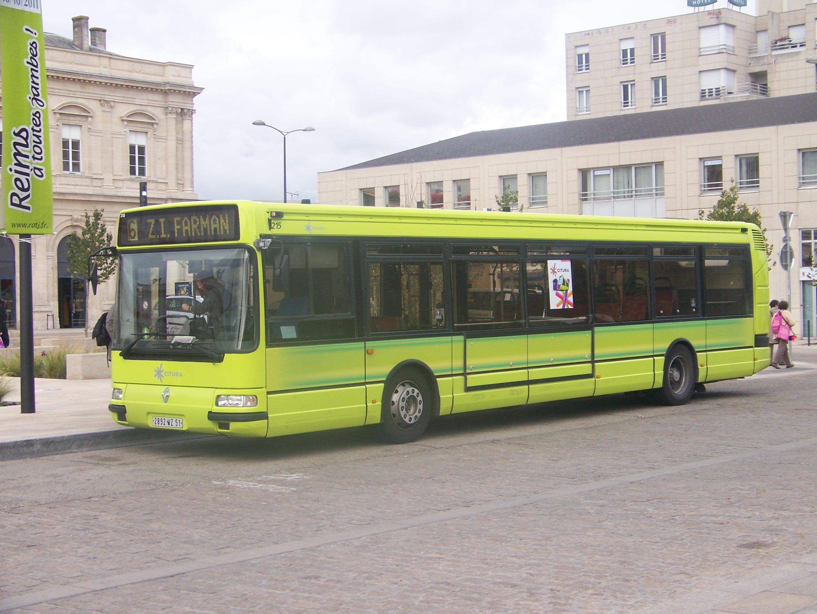 transport en communs bus car tram train auto titre. Black Bedroom Furniture Sets. Home Design Ideas