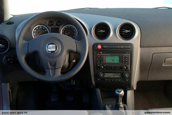 206 quicksilver ou nouvelle ibiza 130 fr auto titre for Interieur seat ibiza 2000