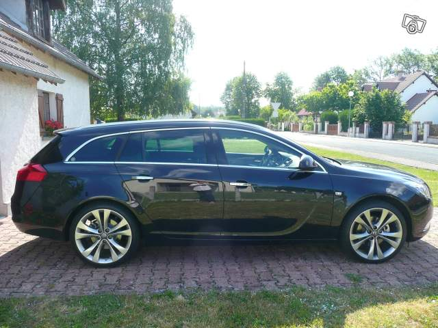 opel insignia sports tourer opc page 34 auto titre. Black Bedroom Furniture Sets. Home Design Ideas