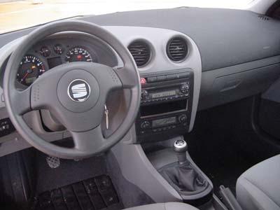 Seat ibiza tdi 100ch auto titre for Interieur seat ibiza 2000