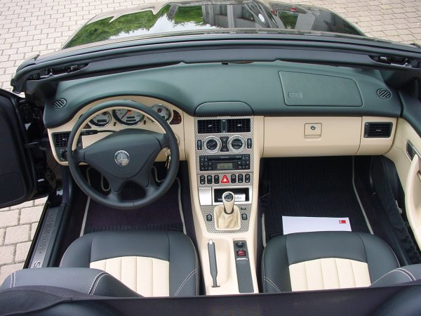 Avis slk 230 auto titre for Interieur mercedes 190d