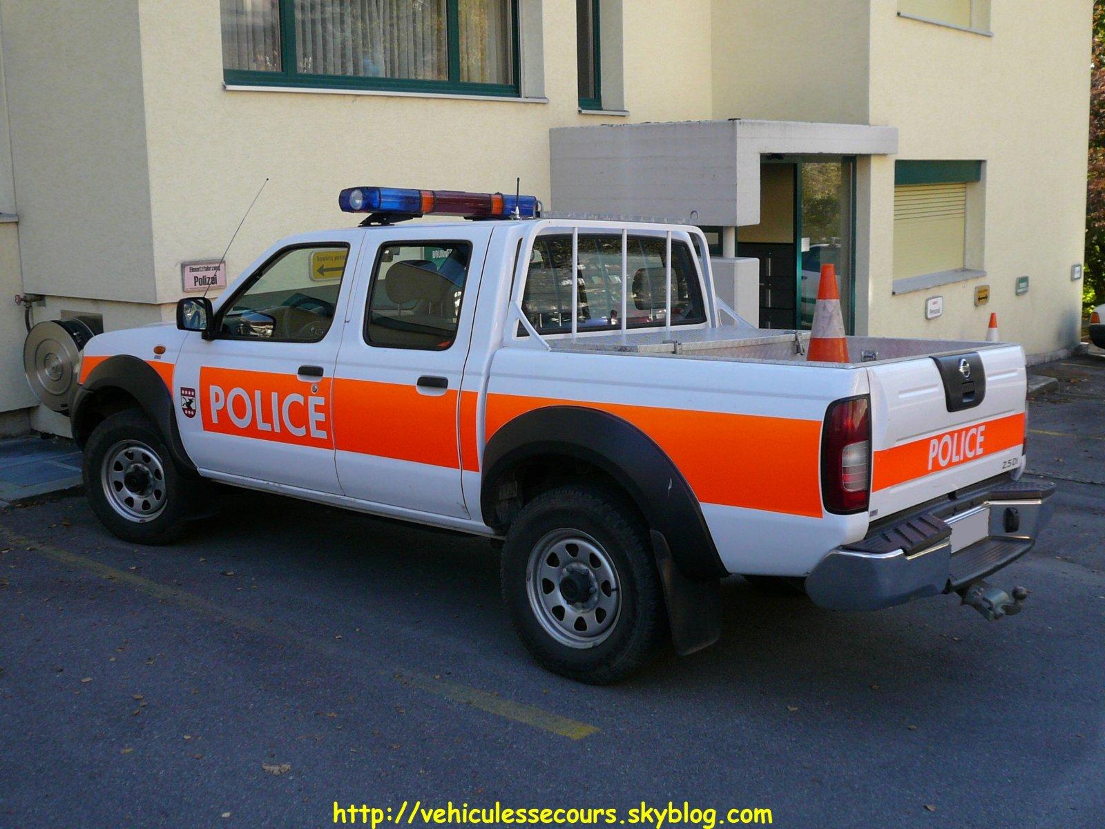 Photos de voitures de police page 639 auto titre - Grilles indiciaires police municipale ...