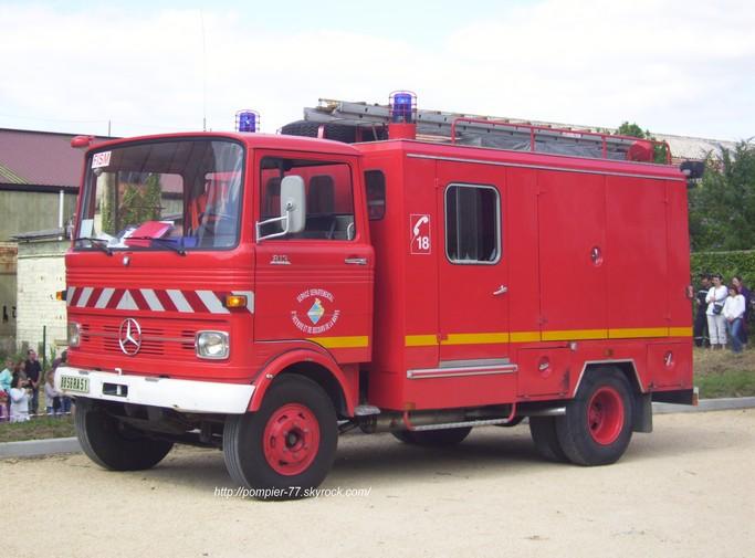 V hicules des pompiers fran ais page 1060 auto titre for Garage auto frontignan