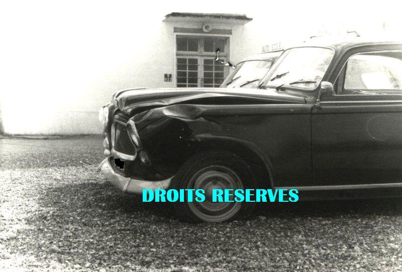 photos de voitures de police page 1147 auto titre. Black Bedroom Furniture Sets. Home Design Ideas