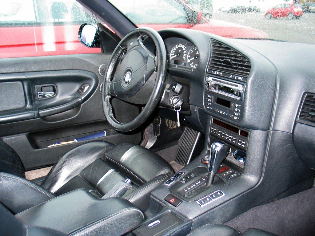 Bmw e36 323ia coup metalcar vendue auto titre for Bmw serie 9 interieur