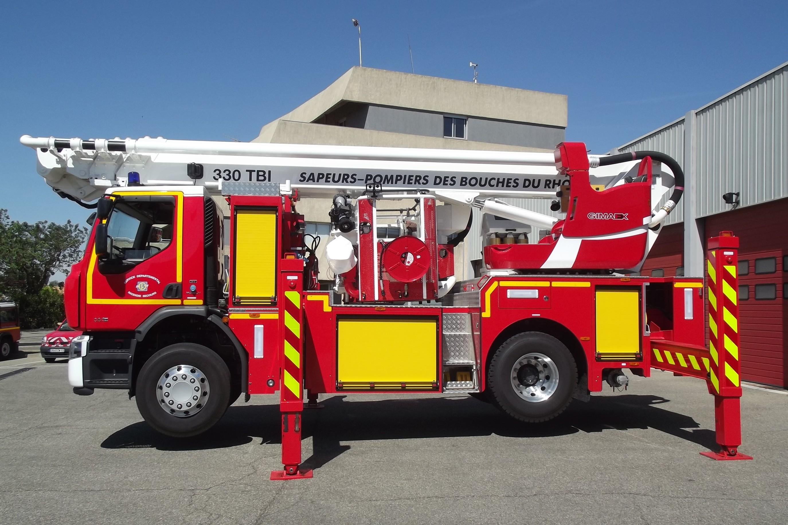 V hicules des pompiers fran ais page 1165 auto titre for Casse auto salon de provence