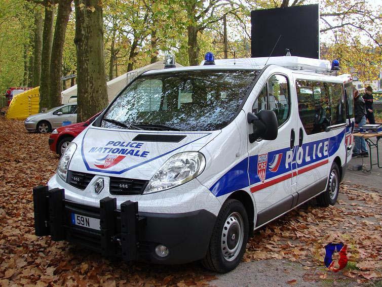 Photos de voitures de police page 1091 auto titre for Police nationale lille