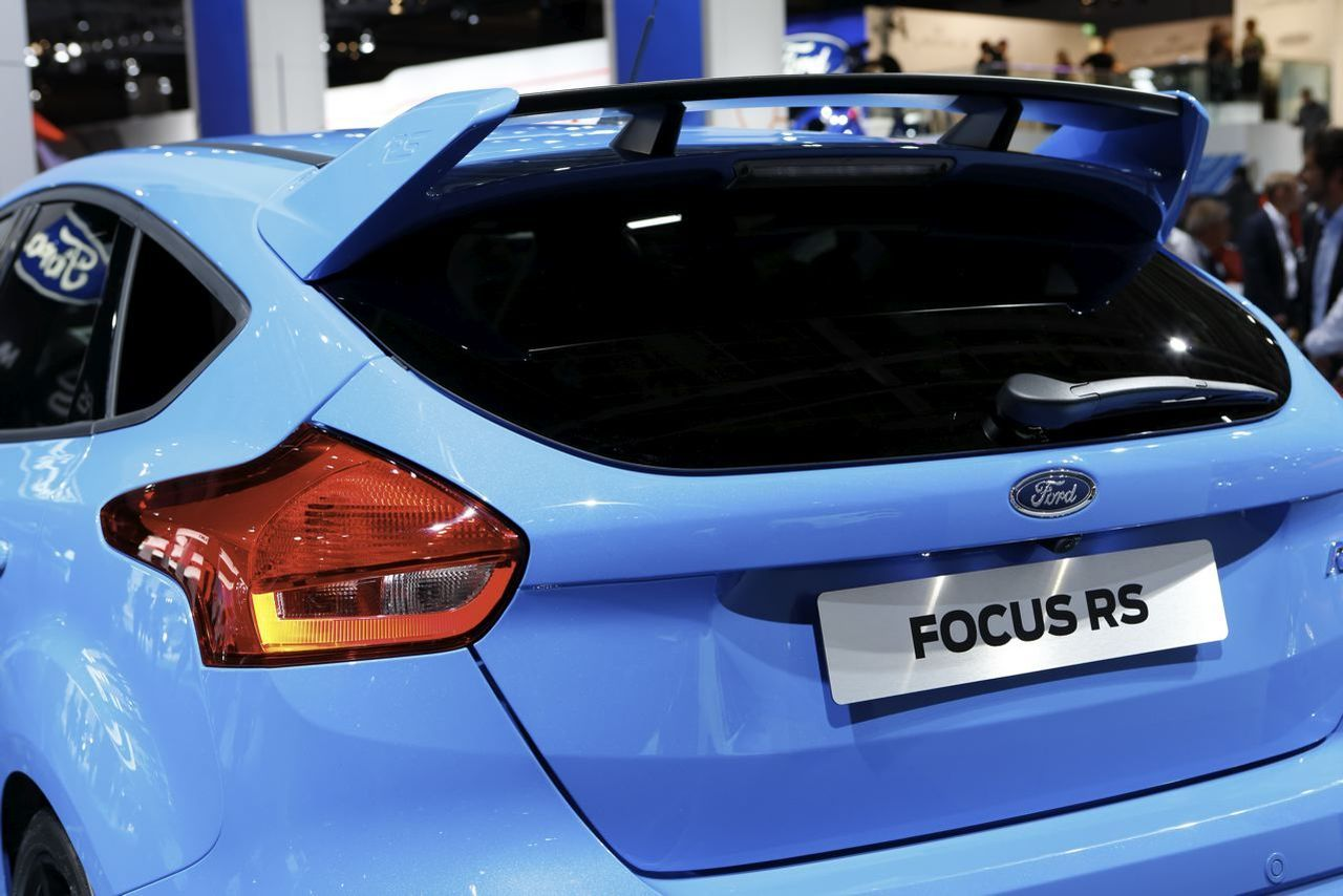 ford focus rs page 28 auto titre. Black Bedroom Furniture Sets. Home Design Ideas